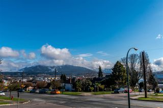 Photo 5: 2905 TRINITY Street in Vancouver: Hastings East House for sale (Vancouver East)  : MLS®# R2177504