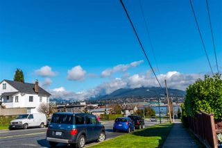 Photo 19: 2905 TRINITY Street in Vancouver: Hastings East House for sale (Vancouver East)  : MLS®# R2177504