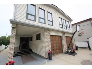 Photo 8: 1224 College Drive in Saskatoon: Varsity View Residential for sale : MLS®# SK615624