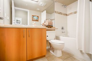 """Photo 14: 1702 235 GUILDFORD Way in Port Moody: North Shore Pt Moody Condo for sale in """"The Sinclair"""" : MLS®# R2191968"""