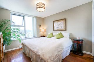 """Photo 12: 1702 235 GUILDFORD Way in Port Moody: North Shore Pt Moody Condo for sale in """"The Sinclair"""" : MLS®# R2191968"""