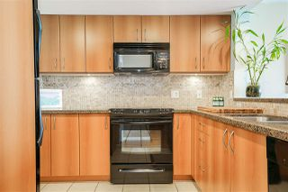 """Photo 5: 1702 235 GUILDFORD Way in Port Moody: North Shore Pt Moody Condo for sale in """"The Sinclair"""" : MLS®# R2191968"""