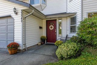 Photo 2: 33542 BEST Avenue in Mission: Mission BC House for sale : MLS®# R2209776