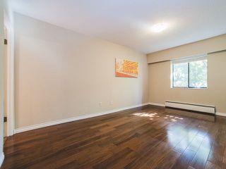 "Photo 9: 202 2025 W 2ND Avenue in Vancouver: Kitsilano Condo for sale in ""The Sea Breeze"" (Vancouver West)  : MLS®# R2212885"