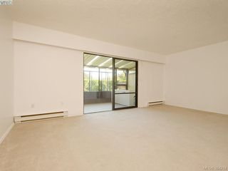 Photo 4: 3 864 Swan St in VICTORIA: SE Swan Lake Row/Townhouse for sale (Saanich East)  : MLS®# 772273