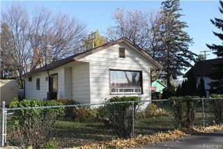 Photo 2: 117 Edward Avenue West in Winnipeg: West Transcona Residential for sale (3L)  : MLS®# 1727519