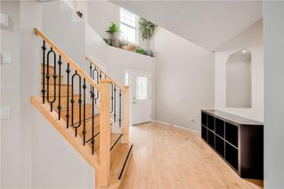 Photo 2: 354 PANAMOUNT BV NW in Calgary: Panorama Hills House for sale : MLS®# C4137770