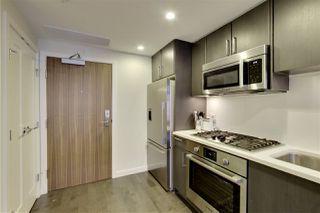 Photo 3: 516 38 W 1ST AVENUE in Vancouver: False Creek Condo for sale (Vancouver West)  : MLS®# R2222667