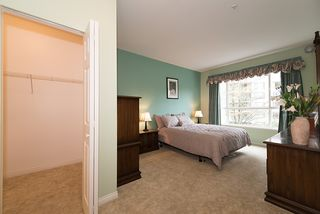 "Photo 18: 212 3098 GUILDFORD Way in Coquitlam: North Coquitlam Condo for sale in ""MARLBOROUGH HOUSE"" : MLS®# R2225808"