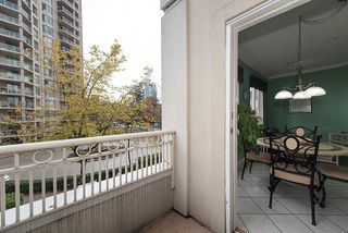 "Photo 16: 212 3098 GUILDFORD Way in Coquitlam: North Coquitlam Condo for sale in ""MARLBOROUGH HOUSE"" : MLS®# R2225808"