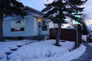 Main Photo: 95 ERIN WOODS Boulevard SE in Calgary: Erin Woods House for sale : MLS®# C4164400