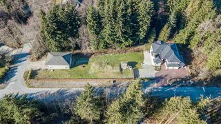 """Photo 19: 131 FERN Drive: Anmore House for sale in """"ANMORE ESTATES"""" (Port Moody)  : MLS®# R2239756"""