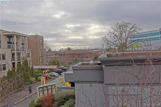 Photo 11: 312 870 Short Street in VICTORIA: SE Quadra Condo Apartment for sale (Saanich East)  : MLS®# 388548