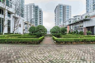 "Photo 16: 2903 198 AQUARIUS Mews in Vancouver: Yaletown Condo for sale in ""AQUARIUS II"" (Vancouver West)  : MLS®# R2251454"
