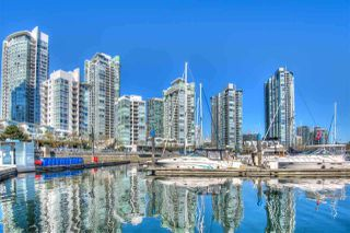 "Photo 13: 2903 198 AQUARIUS Mews in Vancouver: Yaletown Condo for sale in ""AQUARIUS II"" (Vancouver West)  : MLS®# R2251454"