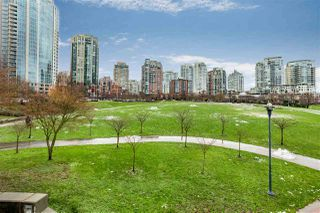 "Photo 18: 2903 198 AQUARIUS Mews in Vancouver: Yaletown Condo for sale in ""AQUARIUS II"" (Vancouver West)  : MLS®# R2251454"