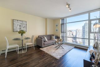 "Photo 2: 2903 198 AQUARIUS Mews in Vancouver: Yaletown Condo for sale in ""AQUARIUS II"" (Vancouver West)  : MLS®# R2251454"
