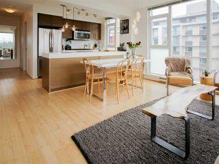 "Photo 3: 705 2770 SOPHIA Street in Vancouver: Mount Pleasant VE Condo for sale in ""STELLA"" (Vancouver East)  : MLS®# R2255940"