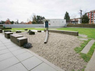 "Photo 18: 705 2770 SOPHIA Street in Vancouver: Mount Pleasant VE Condo for sale in ""STELLA"" (Vancouver East)  : MLS®# R2255940"