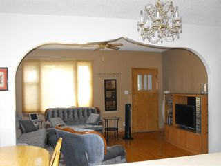 Photo 5: #25 2nd Street East: Derwent House for sale : MLS®# E4105589