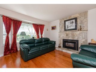 Photo 3: 2755 DEHAVILLAND Place in Abbotsford: Abbotsford West House for sale : MLS®# R2262589