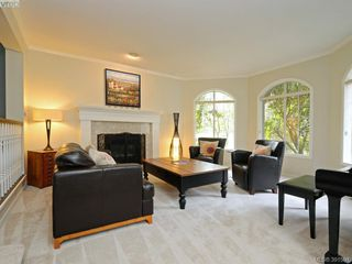Photo 3: 788 Wesley Court in VICTORIA: SE Cordova Bay Single Family Detached for sale (Saanich East)  : MLS®# 391591