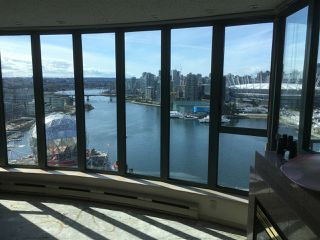 """Photo 5: 2502 1188 QUEBEC Street in Vancouver: Mount Pleasant VE Condo for sale in """"City Gate"""" (Vancouver East)  : MLS®# R2276375"""