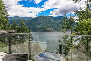 Photo 15: 304 SASAMAT Lane in North Vancouver: Woodlands-Sunshine-Cascade House for sale : MLS®# R2283850
