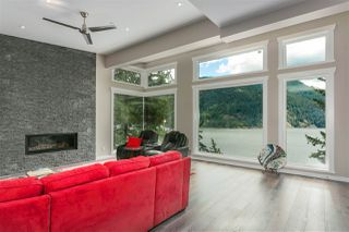 Photo 6: 304 SASAMAT Lane in North Vancouver: Woodlands-Sunshine-Cascade House for sale : MLS®# R2283850