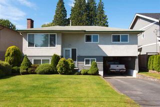 Photo 1: 726 E 15TH Street in North Vancouver: Boulevard House for sale : MLS®# R2292056
