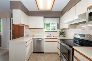 Photo 6: 726 E 15TH Street in North Vancouver: Boulevard House for sale : MLS®# R2292056