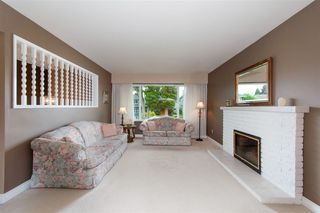 Photo 3: 726 E 15TH Street in North Vancouver: Boulevard House for sale : MLS®# R2292056