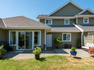 Photo 9: 9 737 Royal Pl in COURTENAY: CV Crown Isle Row/Townhouse for sale (Comox Valley)  : MLS®# 793870