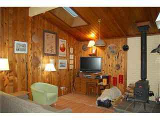 Photo 3: 372 EAGLES NEST ROAD in Bowen Island: Home for sale : MLS®# V1093421