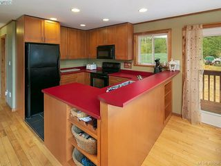 Photo 9: 684 Shawnigan Lake Rd in MALAHAT: ML Malahat Proper House for sale (Malahat & Area)  : MLS®# 798583