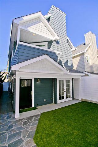Main Photo: CORONADO VILLAGE House for sale : 4 bedrooms : 538 E Ave #B in Coronado