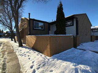 Main Photo:  in Edmonton: Zone 20 Townhouse for sale : MLS®# E4138391