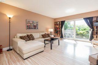 Photo 2: 101 614 Fernhill Pl in VICTORIA: Es Rockheights Condo Apartment for sale (Esquimalt)  : MLS®# 803205
