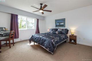 Photo 11: 101 614 Fernhill Pl in VICTORIA: Es Rockheights Condo Apartment for sale (Esquimalt)  : MLS®# 803205