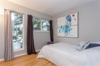 "Photo 10: 881 PINEBROOK Place in Coquitlam: Meadow Brook House 1/2 Duplex for sale in ""MEADOWBROOK"" : MLS®# R2329435"
