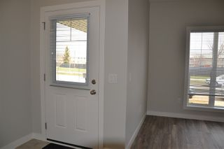 Photo 8: 219 GRIESBACH Road in Edmonton: Zone 27 House Half Duplex for sale : MLS®# E4142357