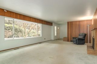 Photo 3: 514 ROXHAM Street in Coquitlam: Coquitlam West House for sale : MLS®# R2340644