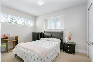 Photo 15: 3749 FOREST Street in Burnaby: Burnaby Hospital House 1/2 Duplex for sale (Burnaby South)  : MLS®# R2343053