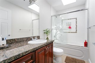 Photo 16: 3749 FOREST Street in Burnaby: Burnaby Hospital House 1/2 Duplex for sale (Burnaby South)  : MLS®# R2343053