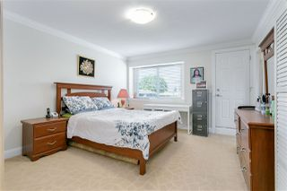 Photo 12: 3749 FOREST Street in Burnaby: Burnaby Hospital House 1/2 Duplex for sale (Burnaby South)  : MLS®# R2343053
