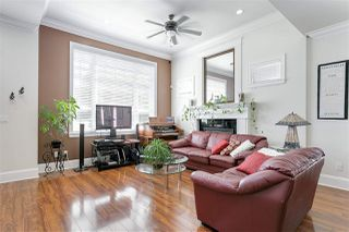 Photo 2: 3749 FOREST Street in Burnaby: Burnaby Hospital House 1/2 Duplex for sale (Burnaby South)  : MLS®# R2343053