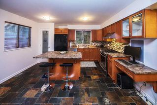 Photo 2: 870 VICTORIA Drive in Port Coquitlam: Oxford Heights House for sale : MLS®# R2348545