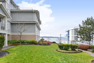 "Photo 17: 110 15621 MARINE Drive: White Rock Condo for sale in ""PACIFIC POINT"" (South Surrey White Rock)  : MLS®# R2348468"