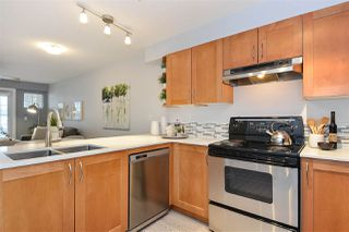 """Photo 8: 110 15621 MARINE Drive: White Rock Condo for sale in """"PACIFIC POINT"""" (South Surrey White Rock)  : MLS®# R2348468"""