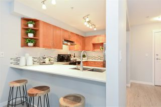 """Photo 7: 110 15621 MARINE Drive: White Rock Condo for sale in """"PACIFIC POINT"""" (South Surrey White Rock)  : MLS®# R2348468"""